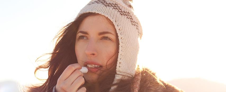 Como manter a pele hidratada durante o frio?